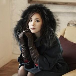 朴敏英示范2012韩国冬装搭配 尽显浪漫冬日情怀 中的图片